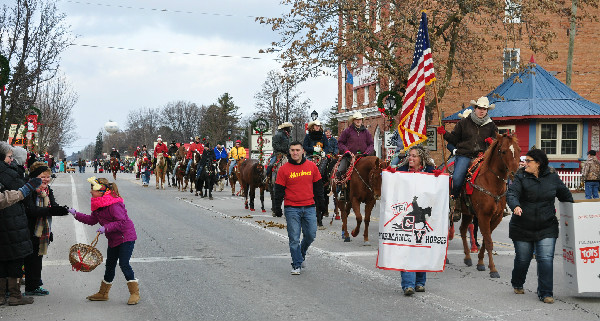 Christmas horse parade candy Michigan Lexington
