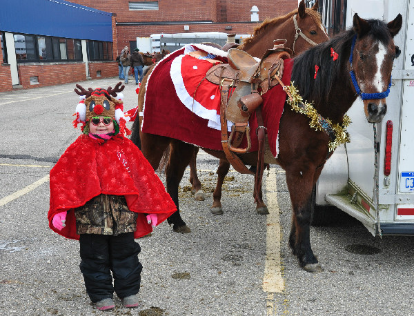 Holiday Horse Parade Michigan costumes Equestrian