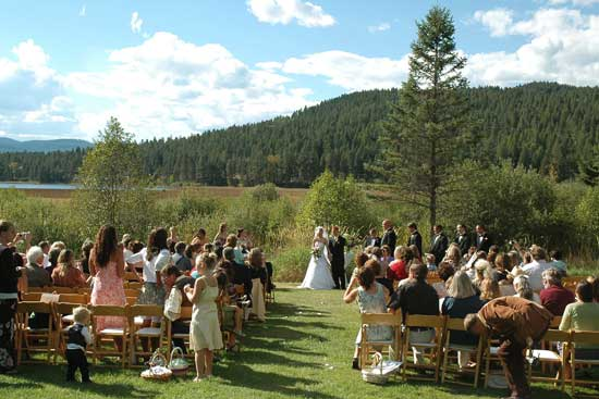 Montana ranch weddings- bar w guest ranch whitefish