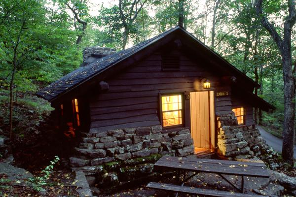 devils den cabin