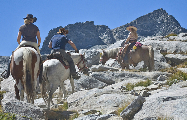 Donahue Pass horseback riding
