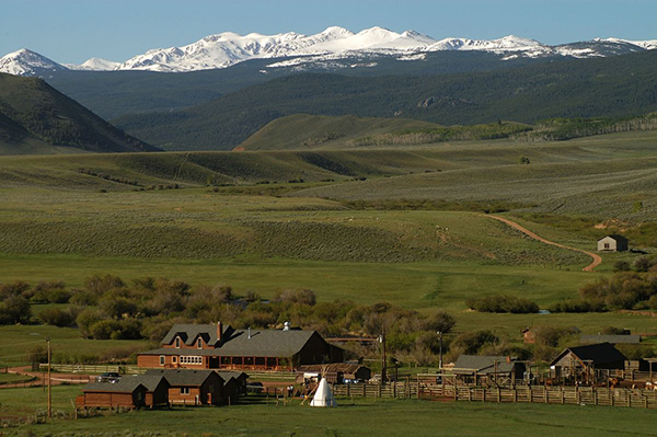 scenic view of laramie river ranch