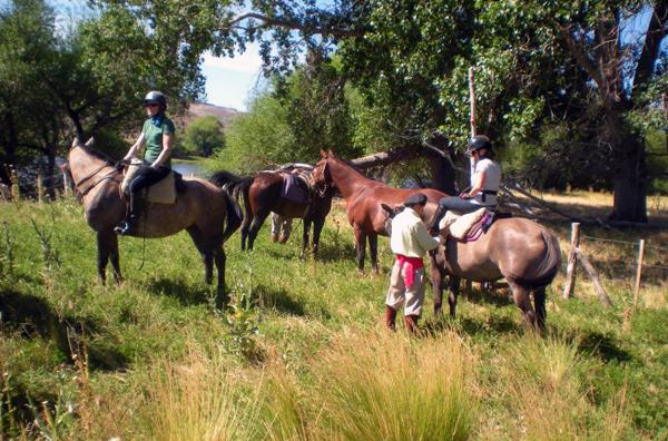 Argentina horseback riding Estancia Huechahue