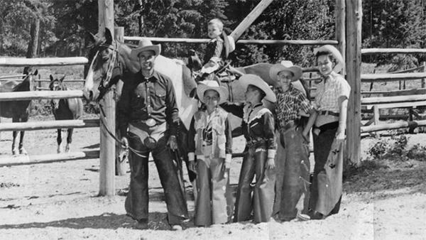 Averill����¯�¿�½������¢������¯������¿������½������¯������¿������½s Flathead Lake Lodge history dude ranch
