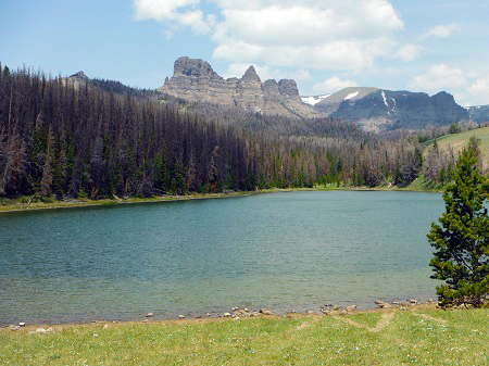 trial ride to Bog Lake brings stunning Wyoming views of Five Pockets