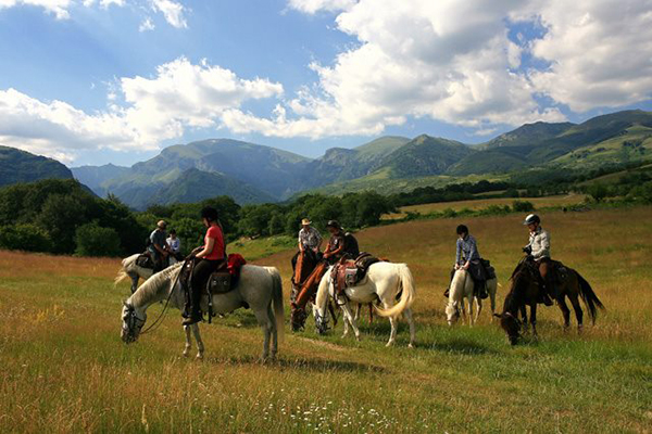 Bulgaria horse riding mountains vacations