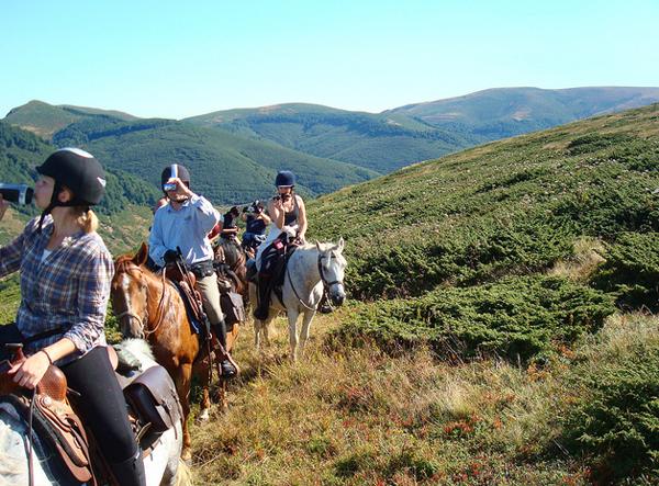horse riding bulgaria