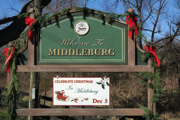 Christmas in Middleburg Sign