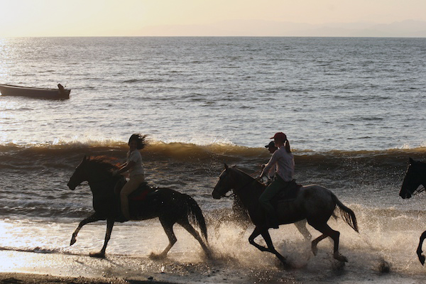 Costa Rica beach riding