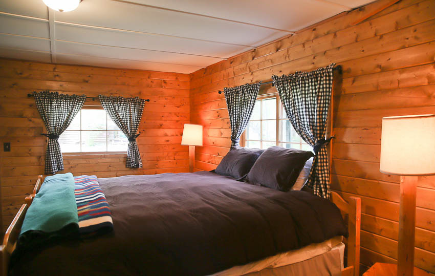 Lazy L & B Ranch Wyoming Guest Room