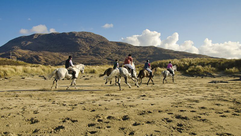 Wild Atlantic Way horseback riding holidays