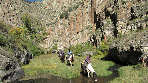 Horseback Riding Vacations at Geronimo Trail Guest Ranch