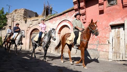 In the village of Güzelyurt time seems to have stopped more than 100 years ago. Enjoy explore the streets on horseback.