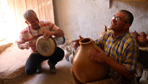 The town of Avanos is known for its pottery. It rests on the banks of the Red River, the longest river in Turkey.