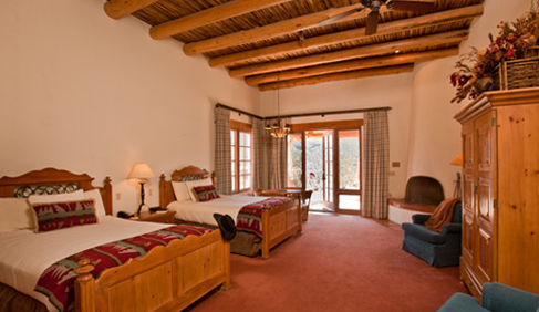 Tanque Verde lodging combines the spirit of the Old West with today's modern amenities.