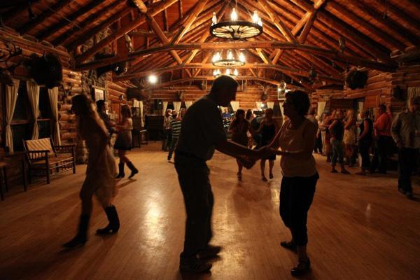 eatons ranch dance night
