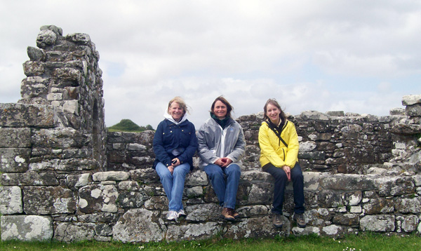 women on riding vacation in Ireland