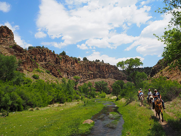 Geronimo Trail guest Ranch new Mexico