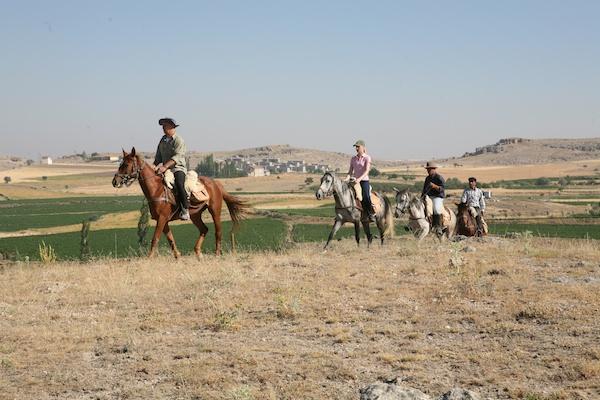 Guzelyurt horse riding