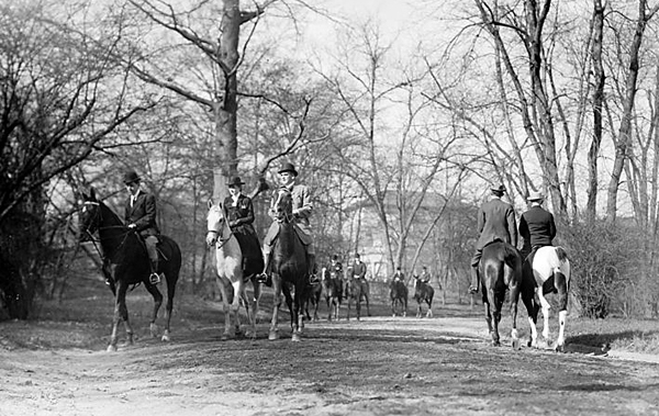 horseback riding central park 1910 new york