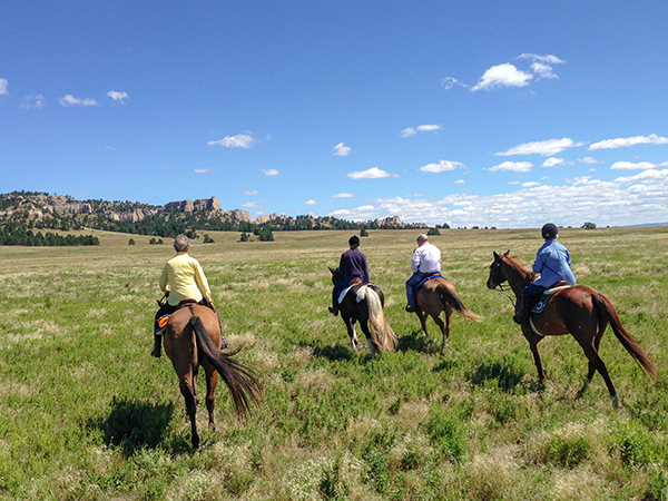 horseback riding fort robinson state park