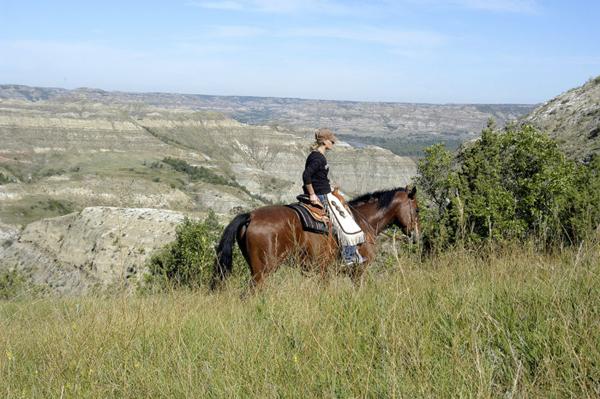 horseback riding in little missouri state park north dakota