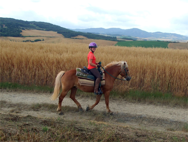 italy horseback riding vacations