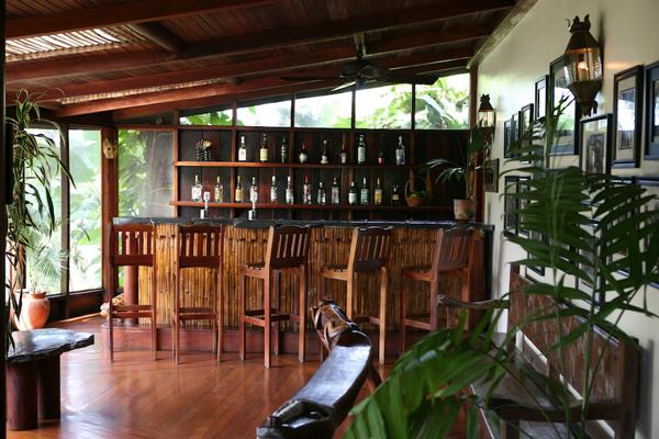 the jaguar bar blancaneaux lodge belize