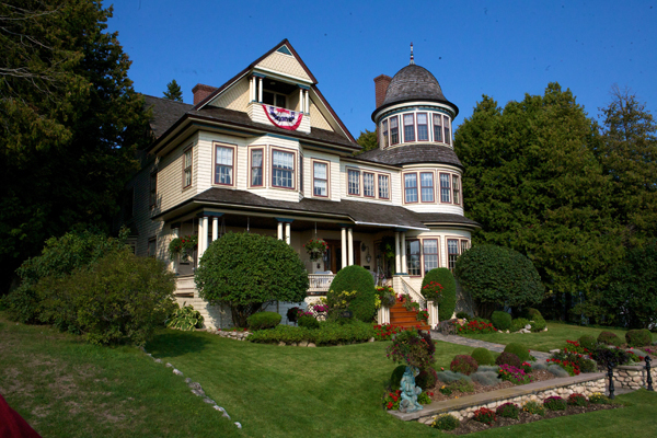 Mackinac Island Cottage