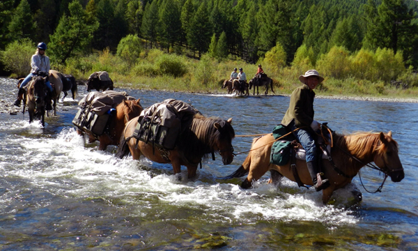 mongolia river horseback riding