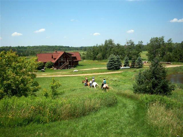 palmquist cabins wisconsin horseback riding cabin vacations