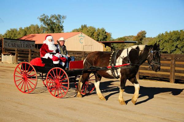 Rancho de los Caballeros Horse Wagon Santa