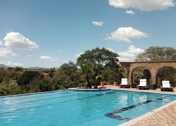 Rancho las Cascadas pool