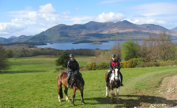 horseback riding ring of kerry ireland