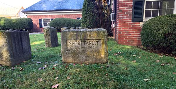Secretariat grave Claiborne Farm