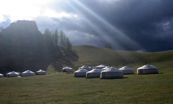 stone horse expeditions ger camp