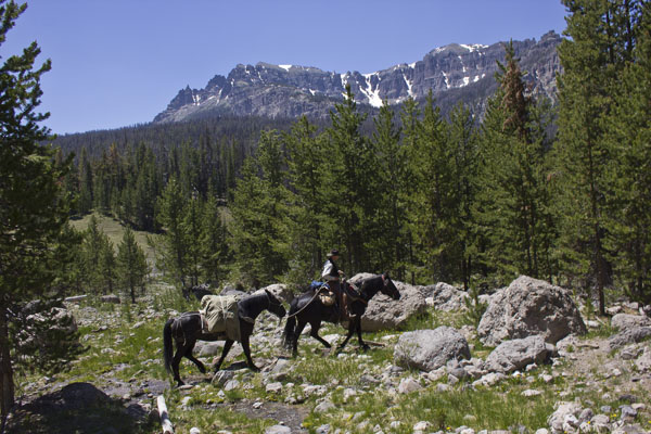 t cross ranch pack trip