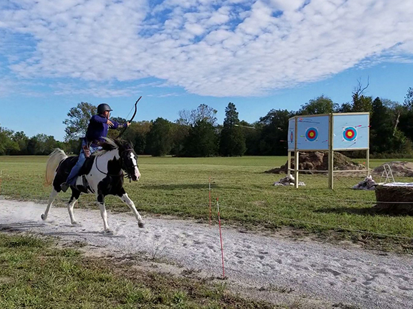 mounted archery lessons with tennessee valley archery