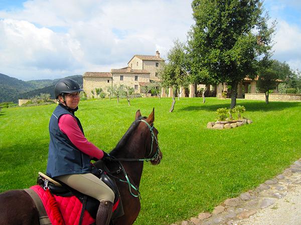 Horseback riding vacations in Tuscany