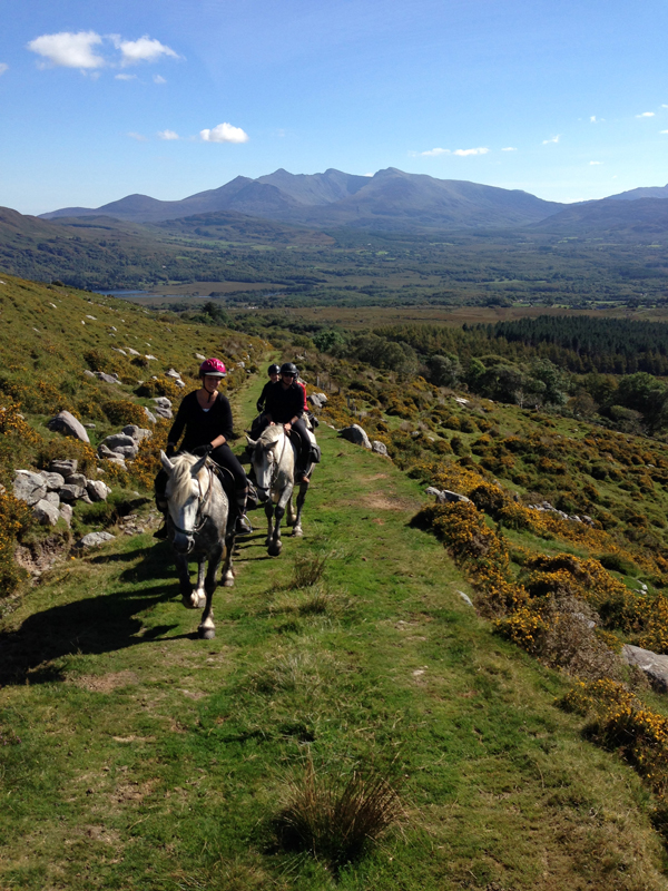 Horseback riding McGillicuddy Reeks Ireland