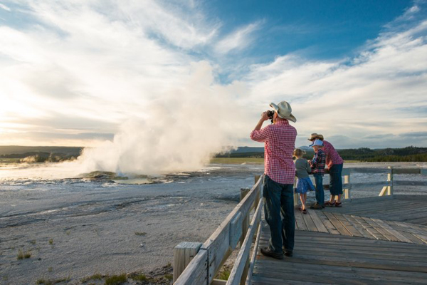 yellowstone tours lone mountain ranch