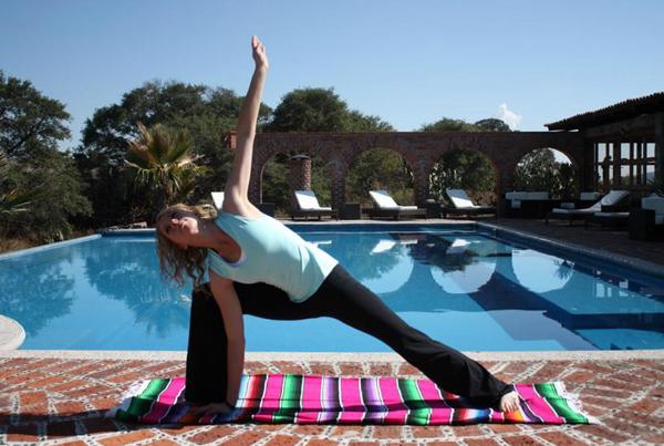 yoga retreat mexico horseback