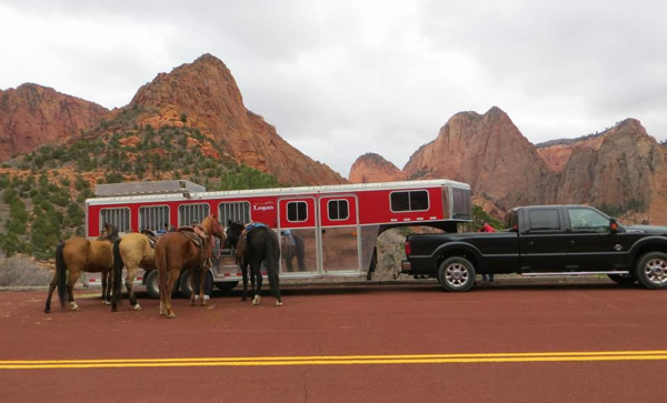 zion national park horse trailer parking area