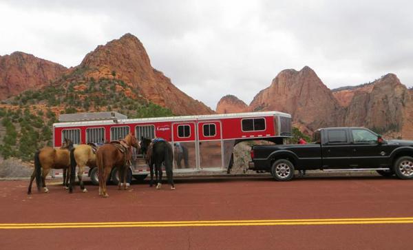 zion national park horse trailer parking area